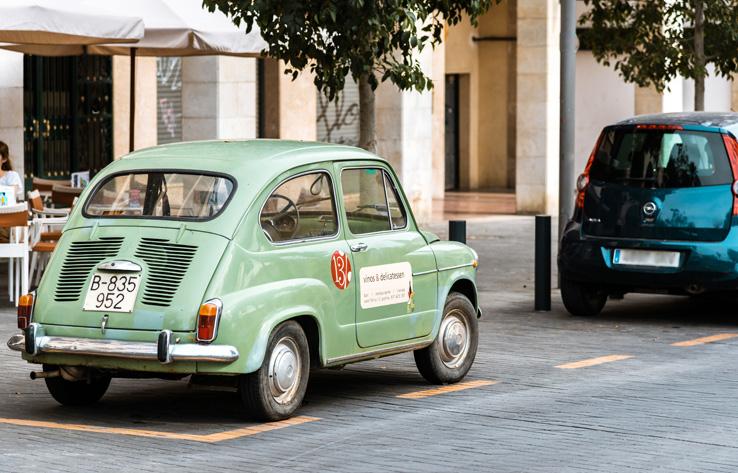 Parkende Autos in Palma