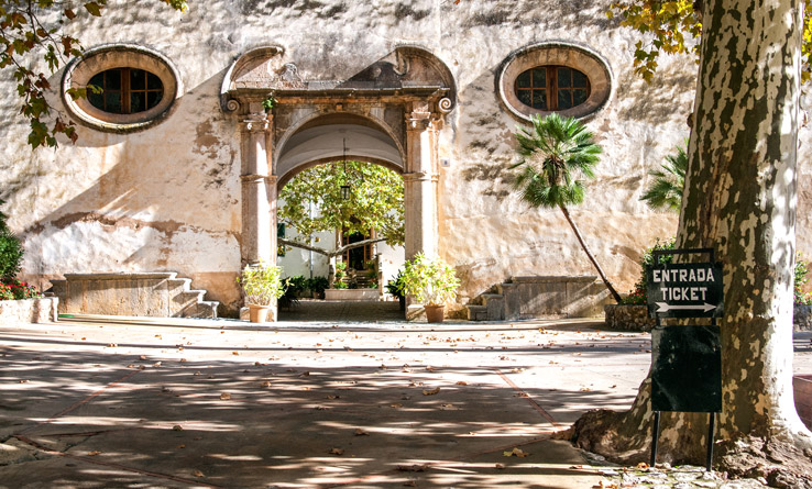 Eingang zu den Jardines de Alfabia