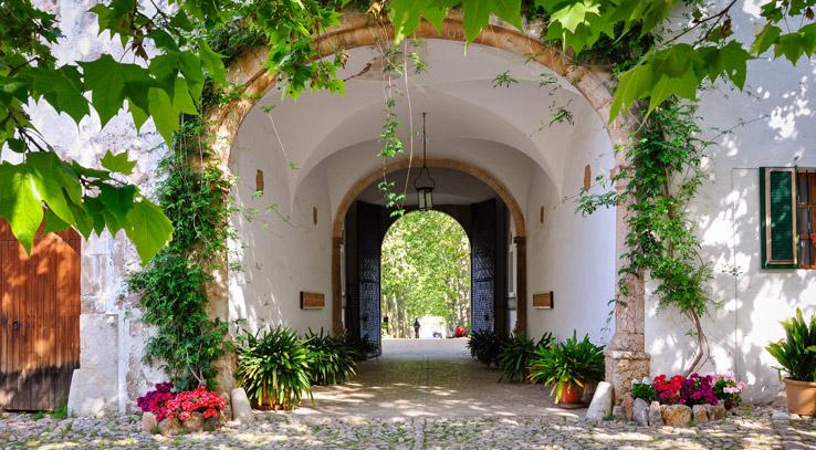 Hof der Gärten von Alfabia