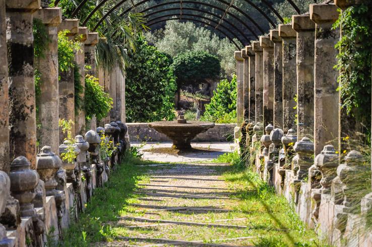 Fontäne in den Gärten von Alfabia