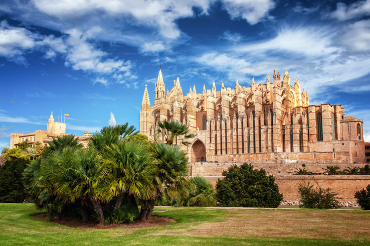 Die Kathedrale von außen