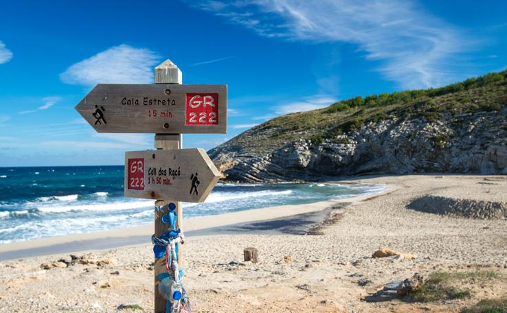 Wanderwege am Strand Cala Torta